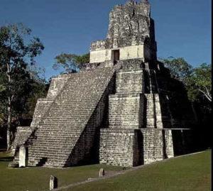 вторая пирамида майя